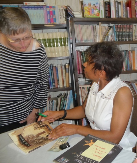 Book signing at Lewelling Tea